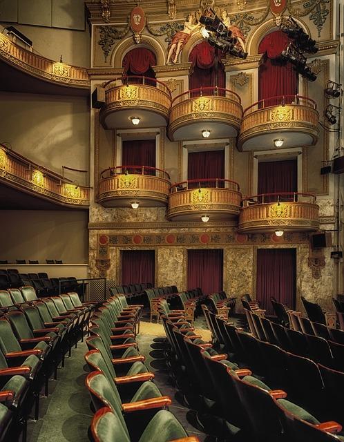 wells-theatre-210914_640.jpg