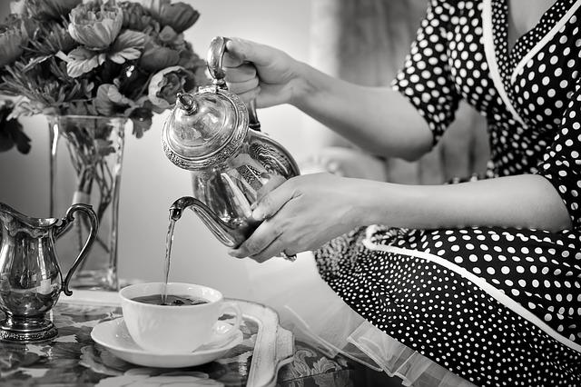 tea-party-1001654_640.jpg