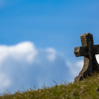 grave-674443_640