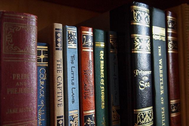 books-1141910_640.jpg