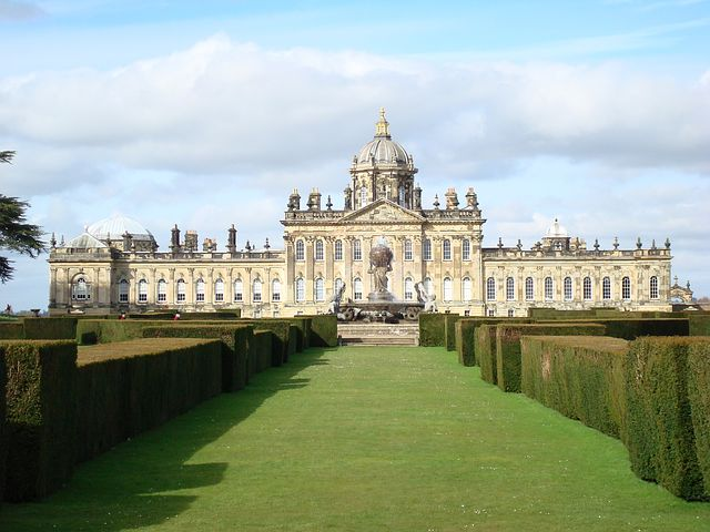 castle-howard-1738321__480.jpg